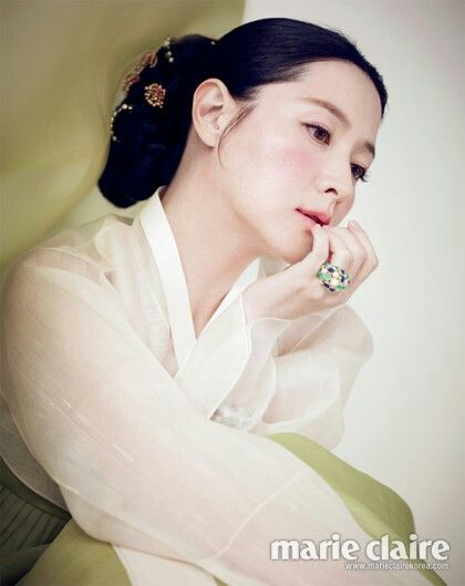 YoungAe Lee Korean traditional wear