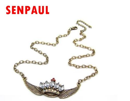 Fashion Stylish Wing Chain Necklace