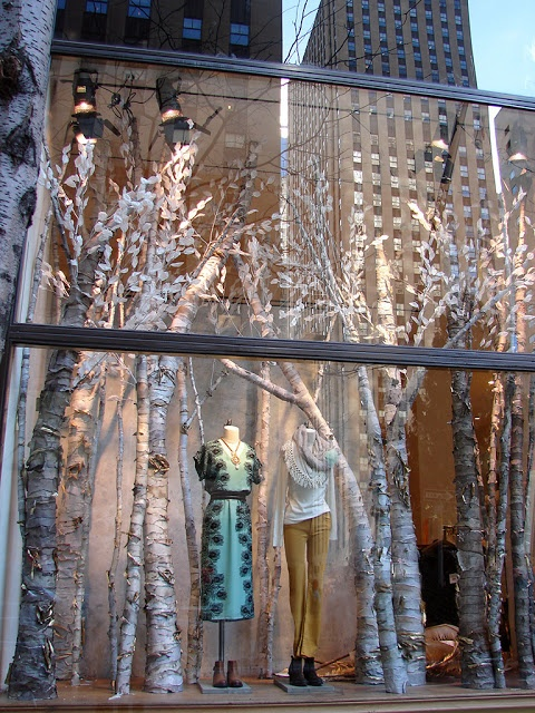 Beautiful Window Displays!: anthropologie >> winter trees  Again love the trees