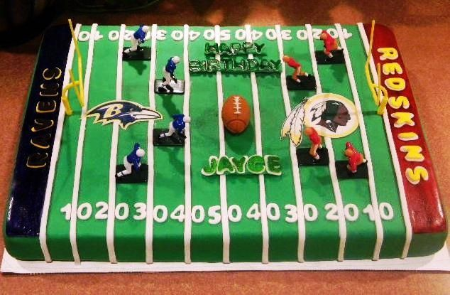 Ravens Redskins Football field cake — Football / NFL