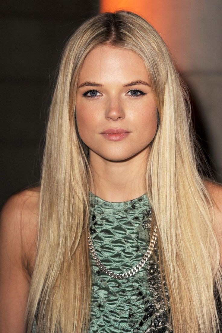 Nyy'zai Female Gabriella Wilde - Actress (The Three Musketeers, 2011).