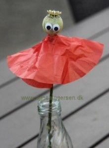 Valmuebørn fra min blog: http://agnesingersen.dk/blog/valmueboern -  Eaasy kids craft poppykids - Kinderbastelideen Mohnkinder