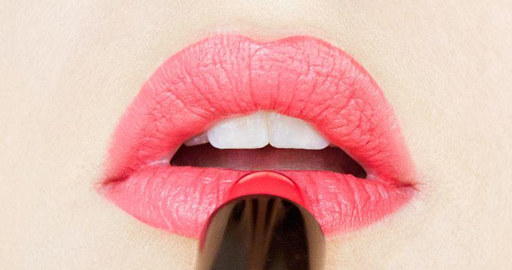Revue et swatch sur le rouge à lèvres corail Jealous de Sephora - Mon test et avis en photos
