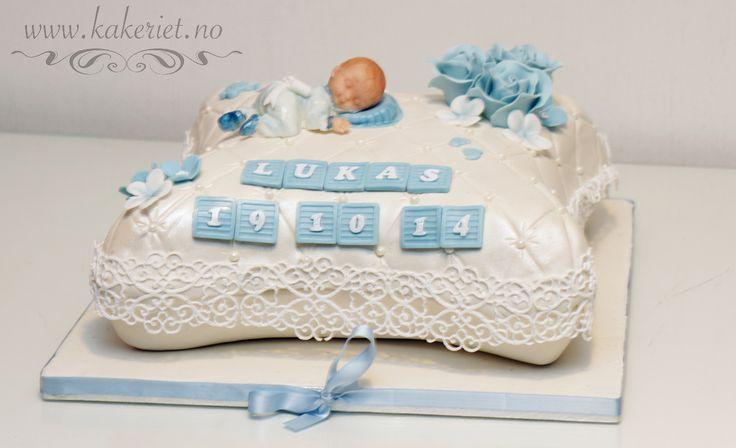 2014-10-19-Lukas01 Putekake til dåp, guttebaby  Pillow christening cake