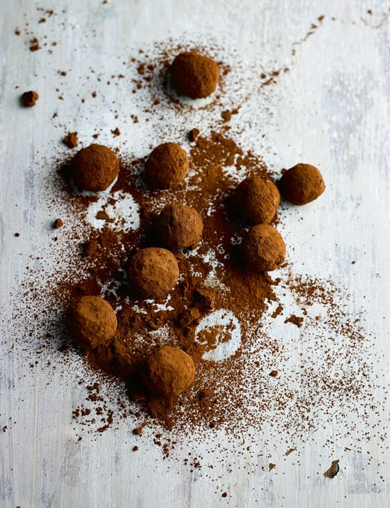 Push the boat out with some decadent post-dinner whisky ginger truffles http://www.sainsburysmagazine.co.uk/recipes/desserts/chocolate/item/whisky-ginger-truffles