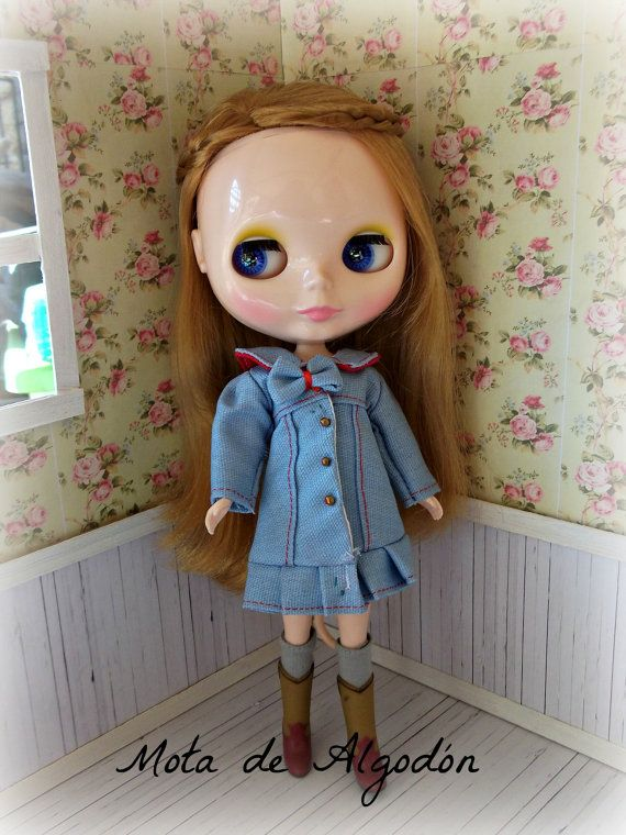 """Winter collection - Light Blue coat for Blythe or Dal doll  $25,00 USD  If you include the code: """"ALGODON2013FREE"""" in my etsy will free shipping to anywhere buy more than 30 USD. (valid until September 30)"""