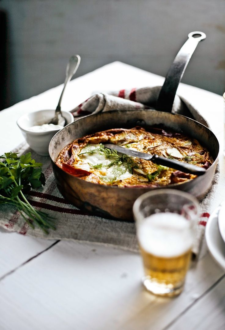 Frittata de funcho e presunto (Fennel and ham frittata), via Pratos e Travessas. Scroll down for English recipe.