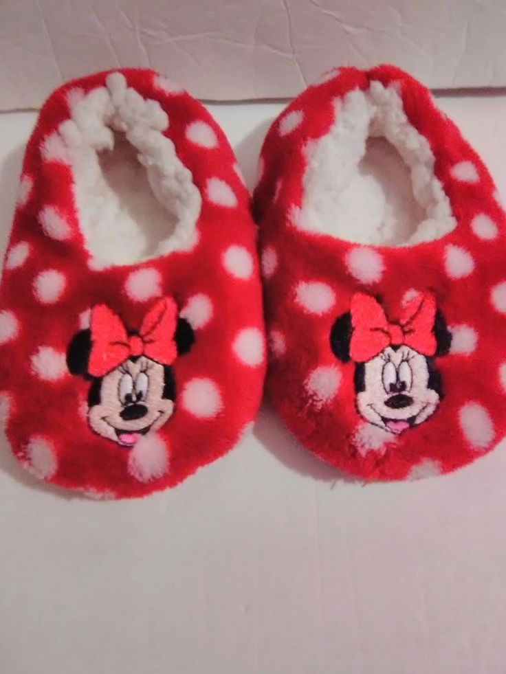 Disney Minnie Mouse Polka Dot Slip On Slippers Size 2T 3T Red and white Toddler #Disney #Slippers