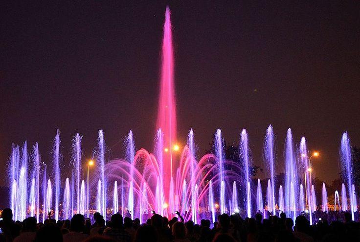 Warsaw Multimedia Fountain Park opened in 2011