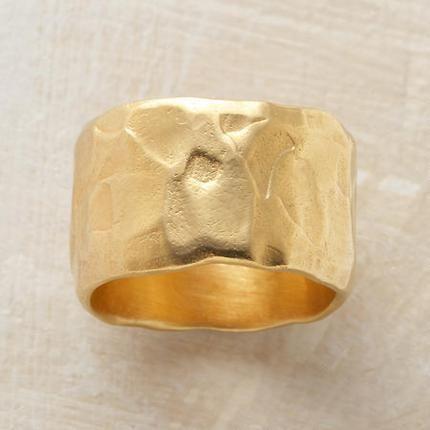 hammered 18k gold band ring.   elegant