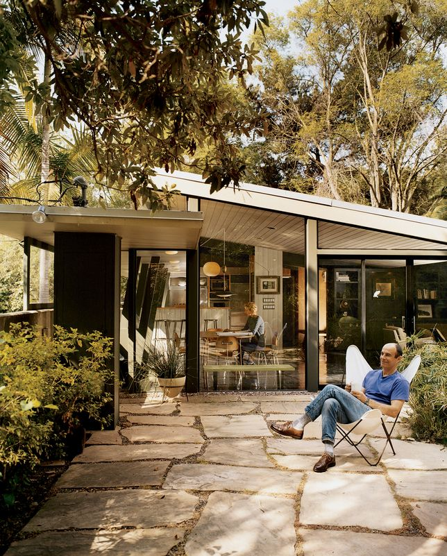 Mutual fulfilment california patio and house for Mid century modern home builders