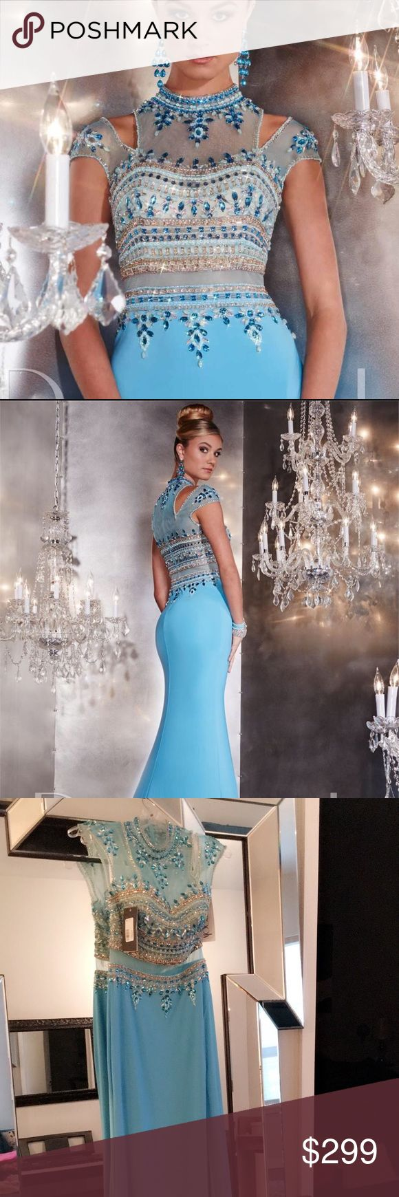 Panoply dress style 14747 aqua size 6 Panoply dress style 14747 aqua size 6 NEW WITH TAGS.  never worn.  Bought for Mardi Gras ball and ended up not going.  Still online for $438 panoply Dresses Prom