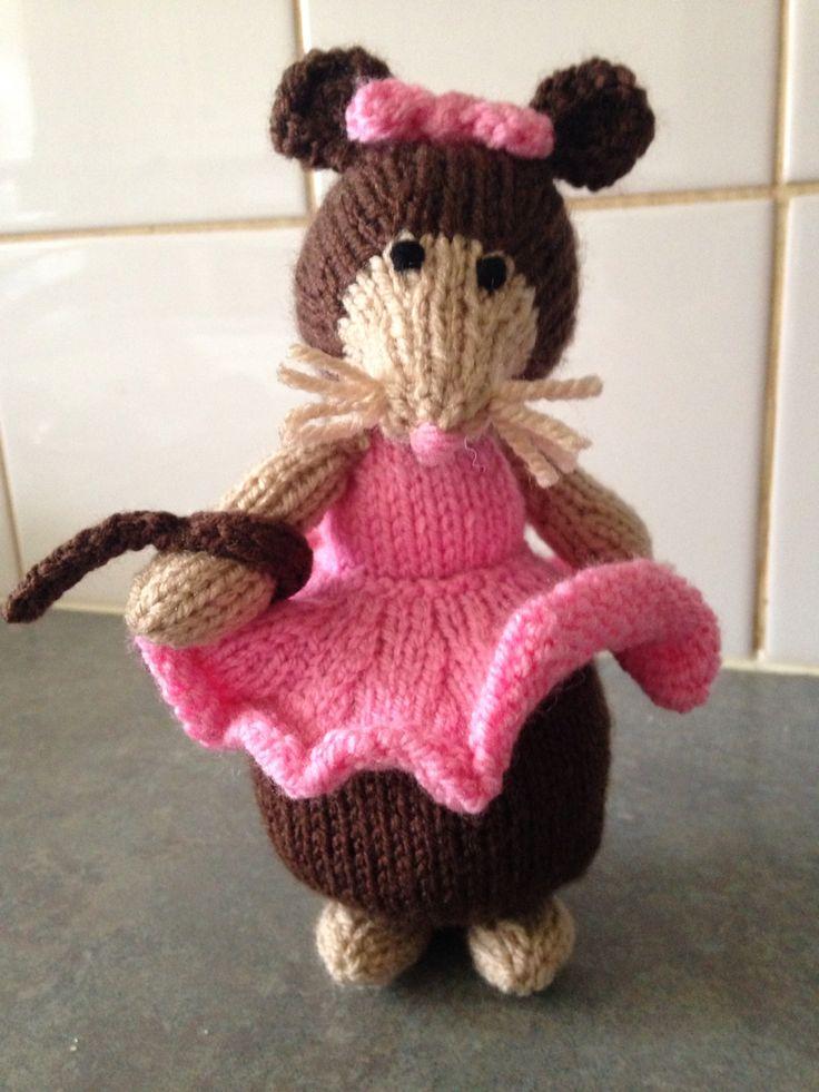 Alan Dart Jemima Puddle Duck Knitting Pattern : The 168 best images about Alan Dart on Pinterest Beatrix potter, Ravelry an...