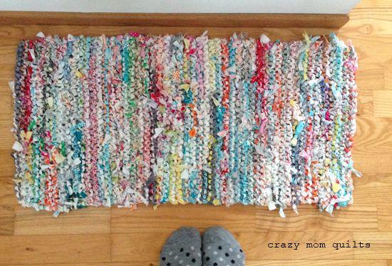124 :: knitted rag runner