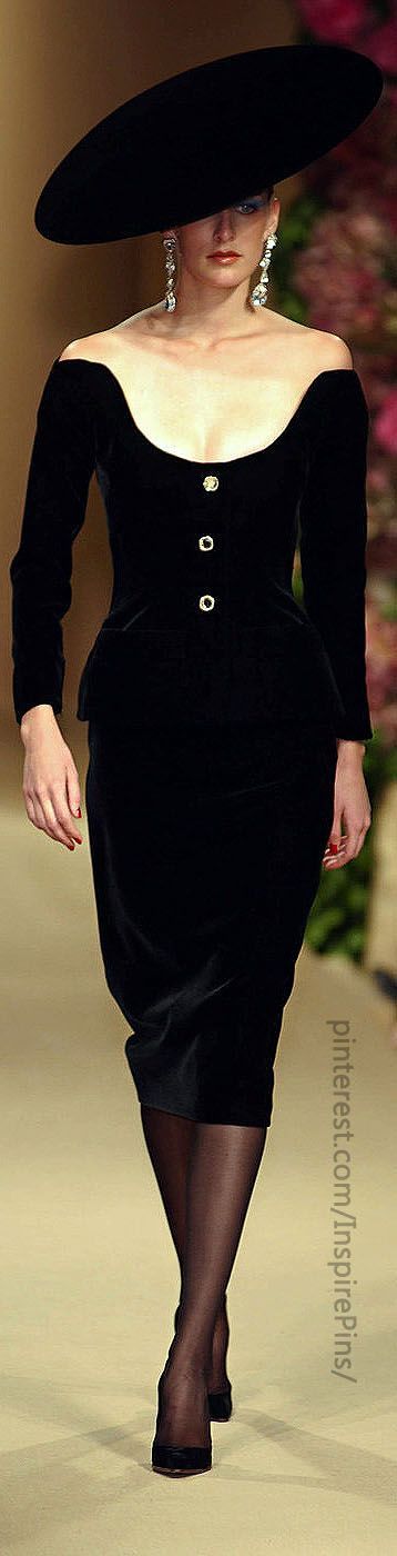 Couture Fall 2001 - Yves Saint Laurent - I looooove this look, and the hat, oh my word!