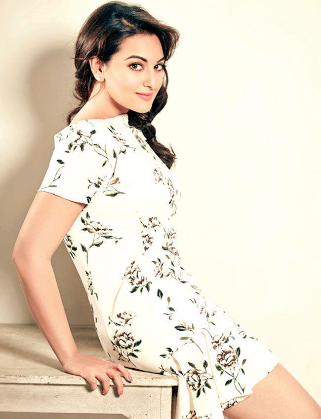 sonakshi sinha a flim actress