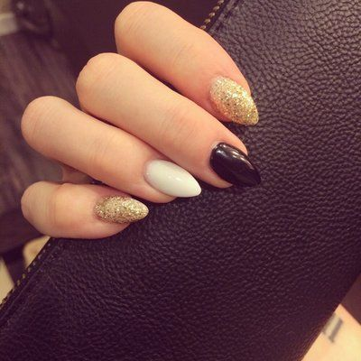 Great short stiletto nails! Gold and black for the Saints! | Yelp