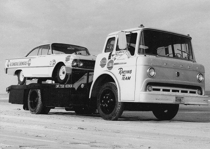 1961 Ford Starliner stock car on the hauler & 646 best ford c series images on Pinterest | Ford Ford trucks and ... markmcfarlin.com