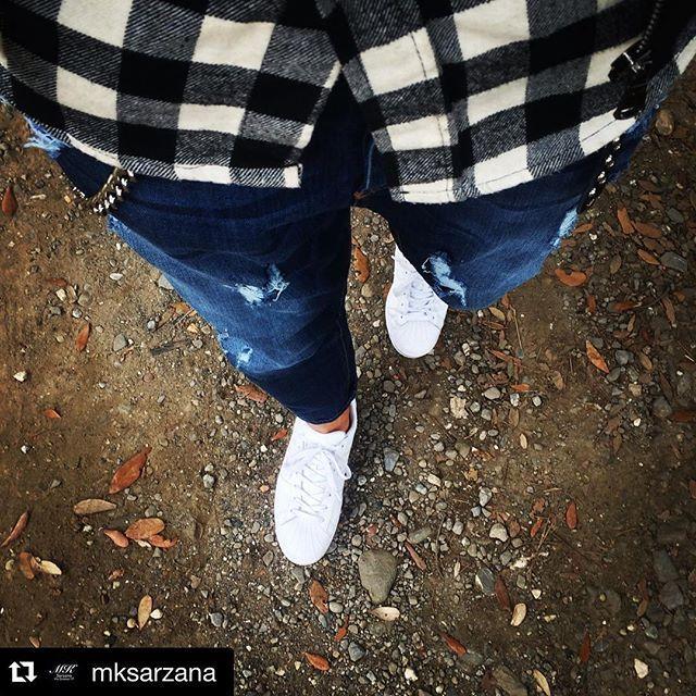 #Repost @mksarzana ・・・ #MKsarzana @italogyofficial @adidasoriginals Go to work#Italogy #italogyofficial #italogylife #cute #jeans #denim #tartan #welovetartan