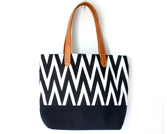 Chevron Bag, Black and White Chevron tote bag with leather handles, beach bag, canvas and leather bag #clutch #Christmasgift