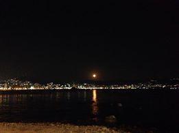 Luna de Noche, Acapulco, por Victor Manuel Montero Garcia.  gracias!! :) Febrero 2014