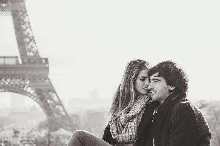 30th Birthday Surprise at the Eiffel Tower with Jordi & Vero - WESHOOT Paris Photo Session