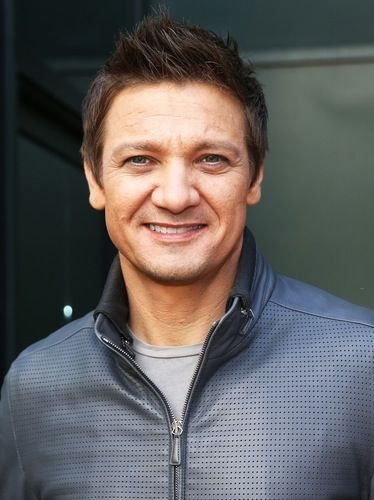 Jeremy Renner's Wife Fights For Custody of Their Daughter in Divorce