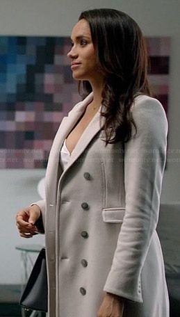 Rachel's white coat on Suits  Rachel Zane - Suits in a beautiful outfit (follow Klowee Hulbert on Pinterest)