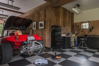 There's plenty of room for projects in the garage
