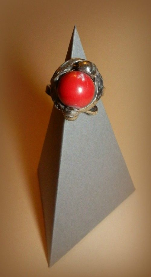 http://megasilver.pl/Pierscionek-p296 #ring #metalwork #coral, #handmade #red #stone #jewelry #jewellery