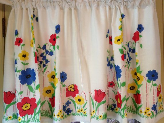 Good Vintage Flowered Kitchen Curtains With Lining