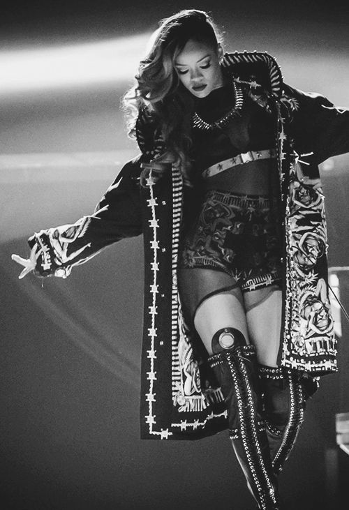 Performing on stage. We love Rihanna! The Body, The Outfits, Style, Fashion,  Make Up, Hairstyles, Tattoos. Hot RiRi has it all!
