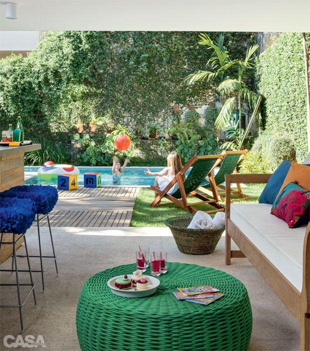 Nesse verão as crianças amam se divertir na piscina, venha para o Resort da Ilha, garantimos satisfação em atendê-los!