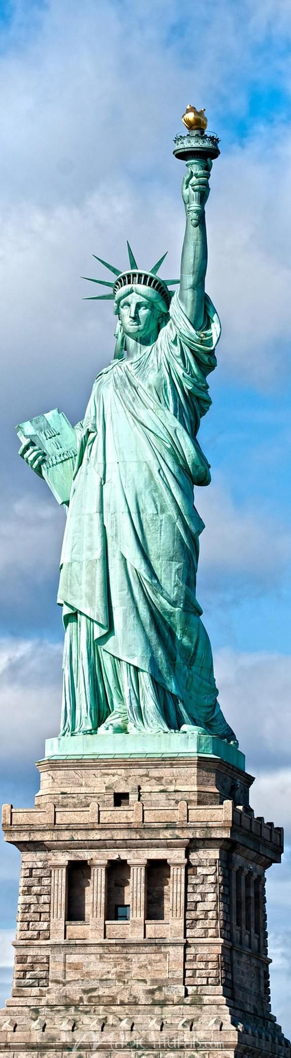 Statue of liberty is a monument in the u s to represent the freedom and liberty