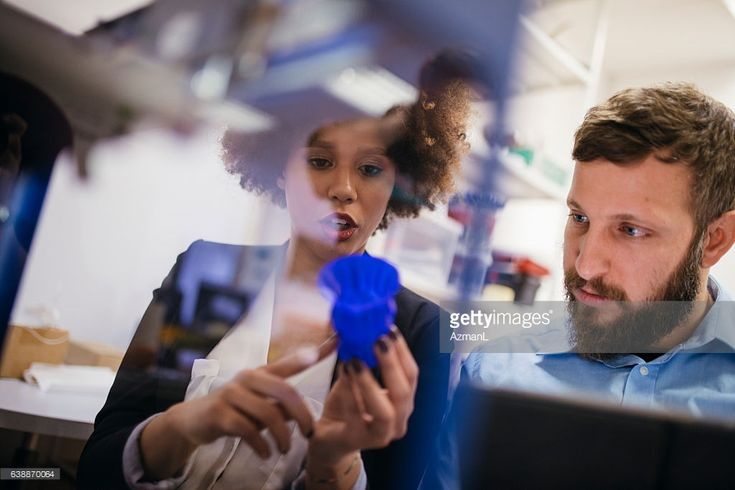 Stock Photo : Amazed by 3D printing