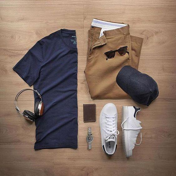 Adidas Stan Smith, Camiseta Lisa Azul marinho Masculina, Calça Marrom Masculina, dicas para usar e inspirar, grid, moda masculina, sneaker, men style, men street style, men grid, look masculino, moda para homens, combo, combo masculino