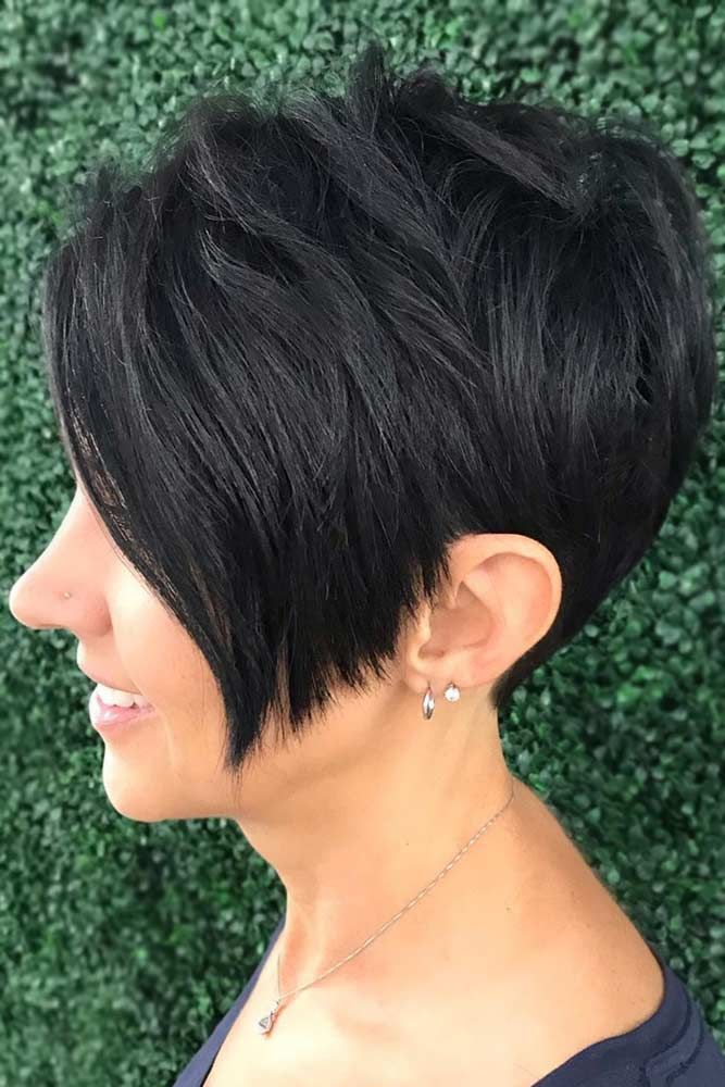 25 Perfect Short Hairstyles For Fine Hair Lovehairstyles Com Pixie Haircut For Thick Hair Thick Hair Styles Haircut For Thick Hair