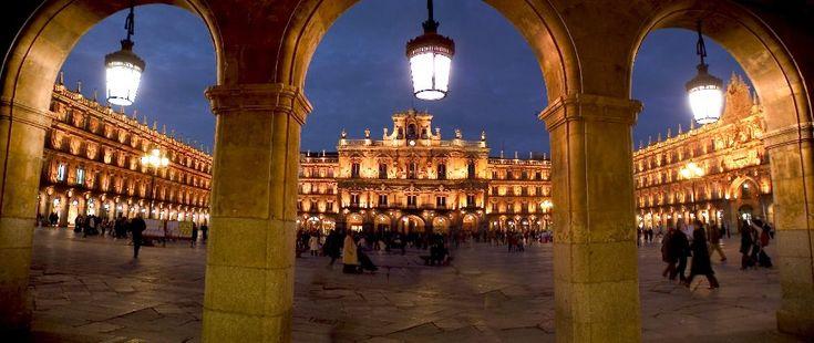 Plaza Mayor. Salamanca, Spain. Delicious sangria!