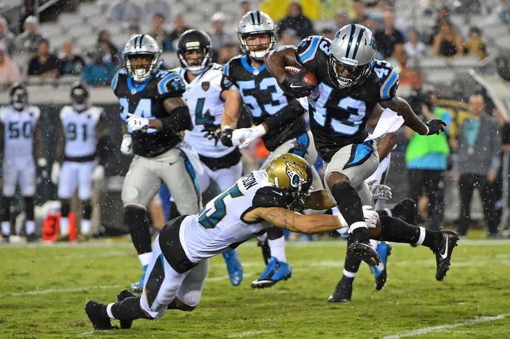 Twitter's live NFL news and analysis show premieres tonight - http://www.sogotechnews.com/2017/08/29/twitters-live-nfl-news-and-analysis-show-premieres-tonight/?utm_source=Pinterest&utm_medium=autoshare&utm_campaign=SOGO+Tech+News