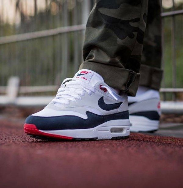Expanding on the Nike Air Max 1 Anniversary releases we have the return of  the classic Air Max 1 OG Obsidian which will debut tomorrow.