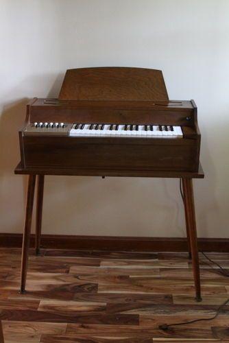 Vintage Magnus Electric Chord Organ 431 With Fan #Magnus