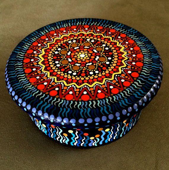 Round Hand Painted Wooden Box  Keepsake  Mandala  por DotsMania, $30.00