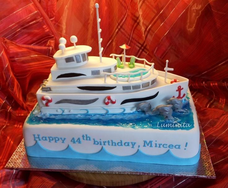 The yacht cake