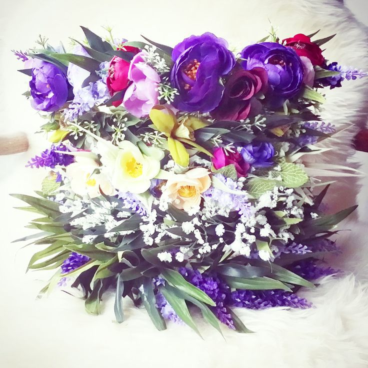 I love.. Custom Made Flower Crown (Adult size) by TOBEIKI on Etsy