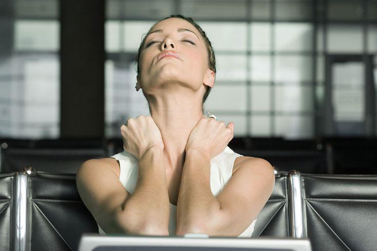 Med akupressur kan du massere dig selv til bedre blodtilførsel til organerne og booste både stofskiftet og tarmfunktionen. Se de fire punkter som det anbefales, at du masserer dagligt.