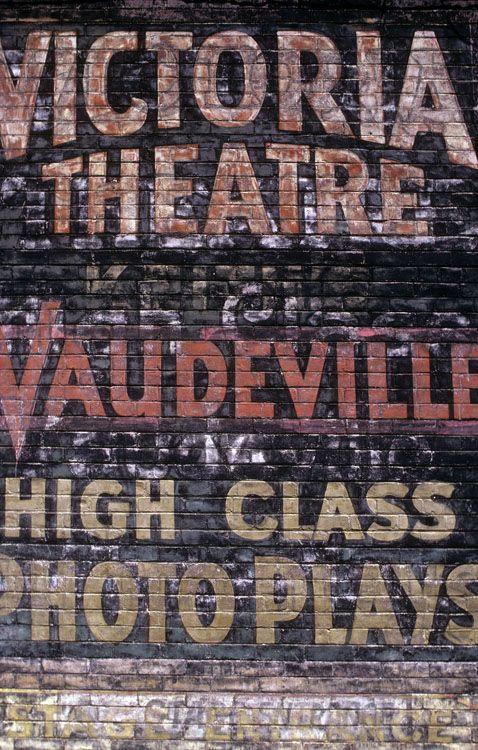 Victoria Theatre ghostsign