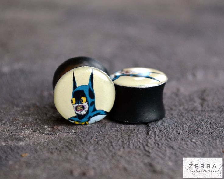 "Ear gauges Batman image wooden plugs 4,5,6,8,10,12,14,16,19,20,25-60mm;6g,4g,2g,0g,00g;1/4,5/16,3/8,1/2,9/16,5/8,3/4,7/8,1 1/4,1"" all size by ZebraPlugsTunnels on Etsy"