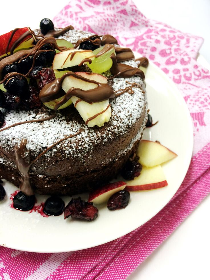 We tested a new recipe! Only two ingredients: chocolate and eggs. Awesome cake!