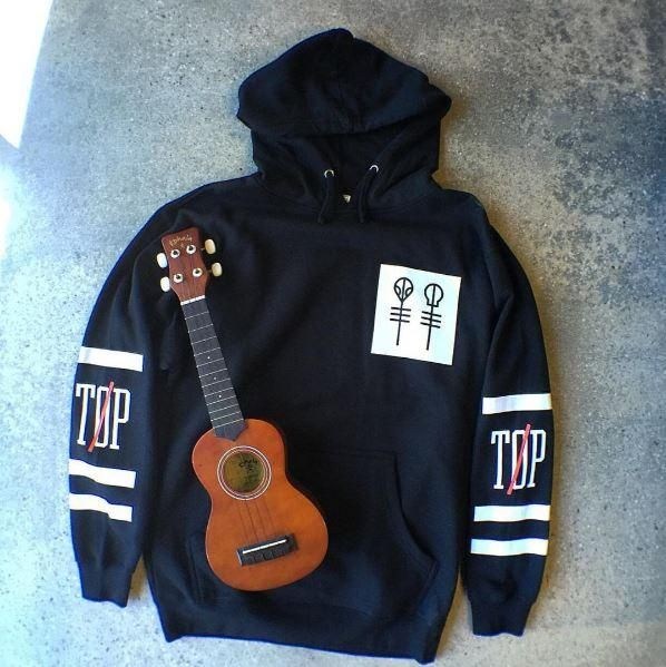 It's PERFECT. // Twenty One Pilots Big Logo Hoodie