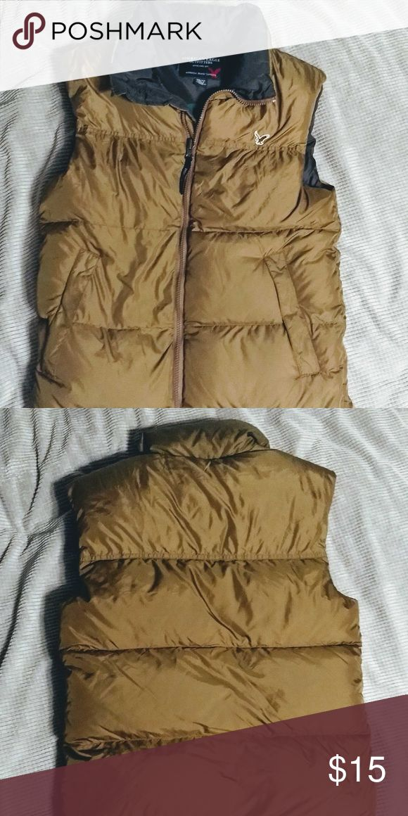 Men's winter vest Men's Americn eagle vest Size xs. Nylon puffy vest.  Down filled American Eagle Outfitters Jackets & Coats Vests